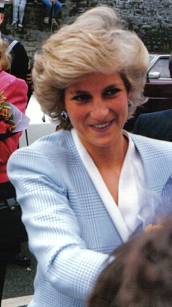 Ficheiro:Princess diana bristol 1987 01.jpg