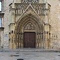 Puerta de los Apóstoles, Catedral de Valencia.jpg