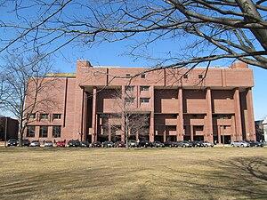 Springfield Technical Community College - Putnam Hall