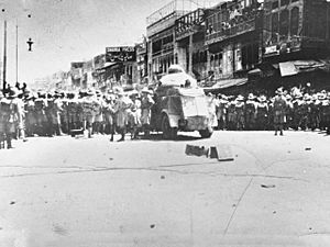 Qissa Khwani Bazaar massacre - British Indian Army soldiers in Peshawar during the demonstrations