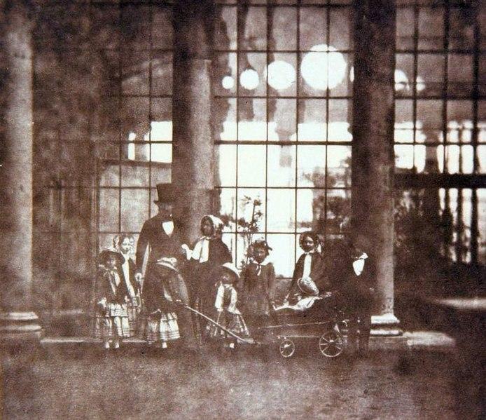 File:Queen Victoria, Prince Albert & royal children at Buckingham Palace, 1854.jpg