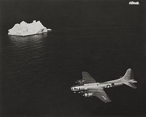 1st Weather Reconnaissance Squadron - Image: RB 17 41 9140 on mission