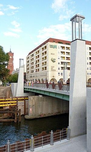 Rathaus Bridge - New Rathaus Bridge in 2012