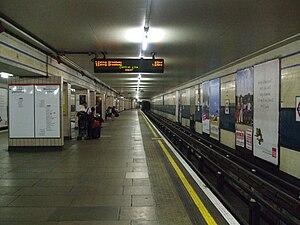 Redbridge tube station - Image: Redbridge station westbound look east