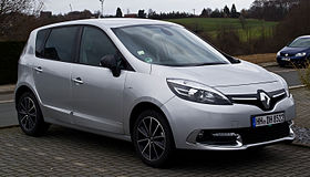 Renault Scénic Bose Edition ENERGY TCe 130 Start & Stop (III, 2. Facelift) – Frontansicht, 9. Februar 2014, Velbert.jpg