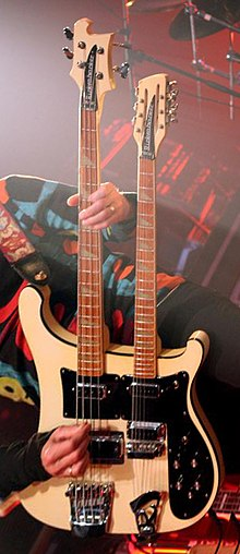 Learn the bass guitar online free