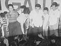 Ricky Yabut shakes hand with Makateños after the victory speech of Mayor Yabut.jpg