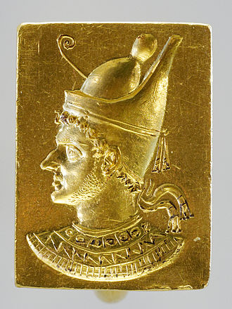 Pschent - Image: Ring with engraved portrait of Ptolemy VI Philometor (3rd–2nd century BCE) 20080315