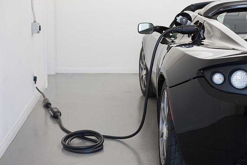 Roadster 2.5 charging.jpg
