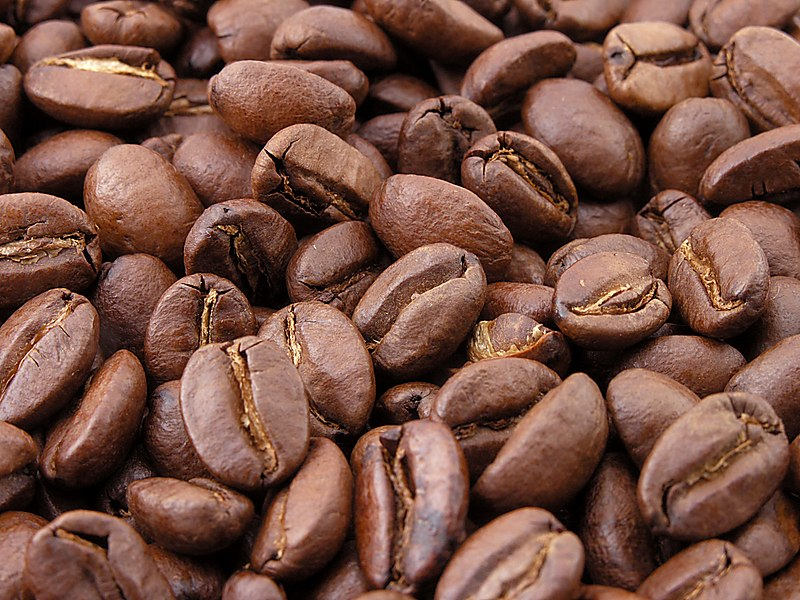 Fitxer:Roasted coffee beans.jpg