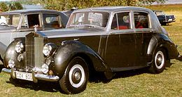 Rolls-Royce Silver Dawn 4-Door Saloon 1954 2.jpg