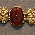 Roman jewellery Carnelian intaglio Berlin Altes Museum 27042018.jpg