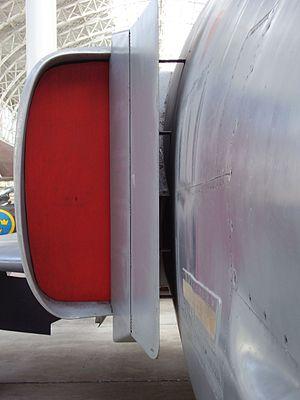 Splitter plate (aeronautics) - Splitter plate on the fuselage side of an F-4 Phantom II.