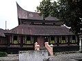 Rumah Gadang Baanjuang Tanjung Raya.jpg
