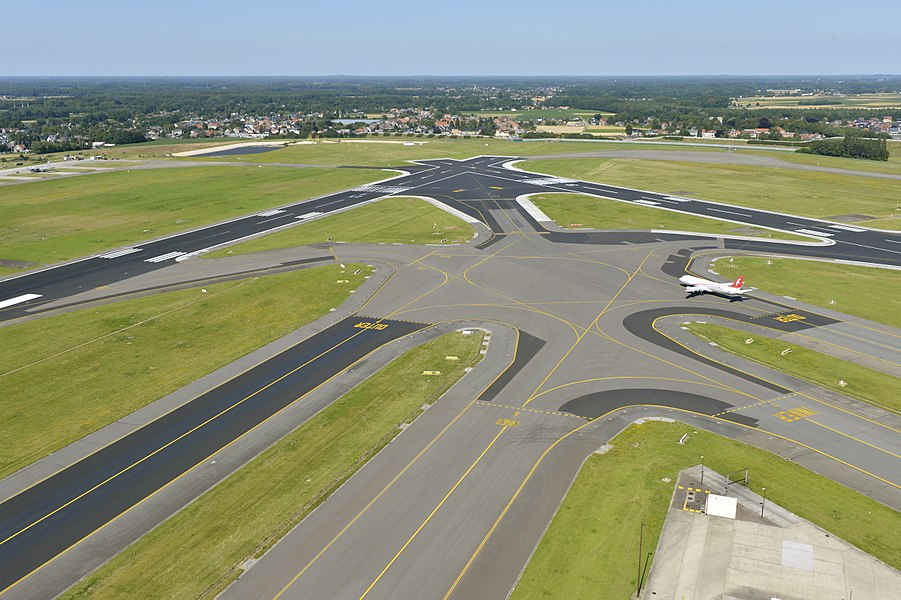 Runways at Brussels Airport