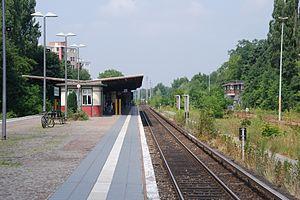 Berlin-Schönholz station - Platform