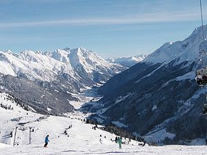 English: St. Anton am Arlberg as seen from the...