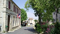 Saint-Jean-de-Cornies.jpg