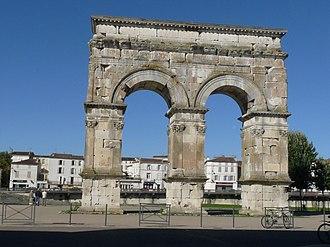 Mediolanum Santonum - Image: Saintes arc 1