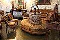Sala da gioco, la petraia, divano alla sultana e sedie del 1860 rivestiti in cotone cerato.JPG