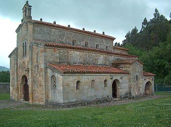 """La iglesia de San Salvador de Valdediós (""""El Conventín"""") se encuentra al lado del monasterio"""