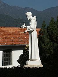 Statua di San Francesco al Santuario di Banchette, presso Bioglio