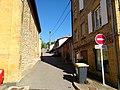 Sarcey (Rhône) - Montée de l'École (juil 2018).jpg