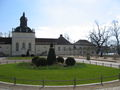Schloss Köpenick Wirtschaftsflügel und Schlosskirche.jpg