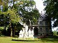 Schloss Wart mit Nebengebäuden und Park 04.jpg