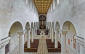 Schottenkirche St. Jakob Innenraum.jpg