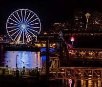 Seattle Great Wheel, Seattle, Washington, Estados Unidos, 2017-09-02, DD 13-15 HDR.jpg