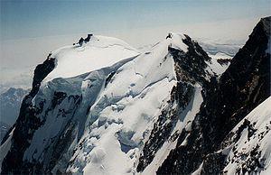 Zumsteinspitze - Image: Signalkuppe Zumsteinspitze From Nordend