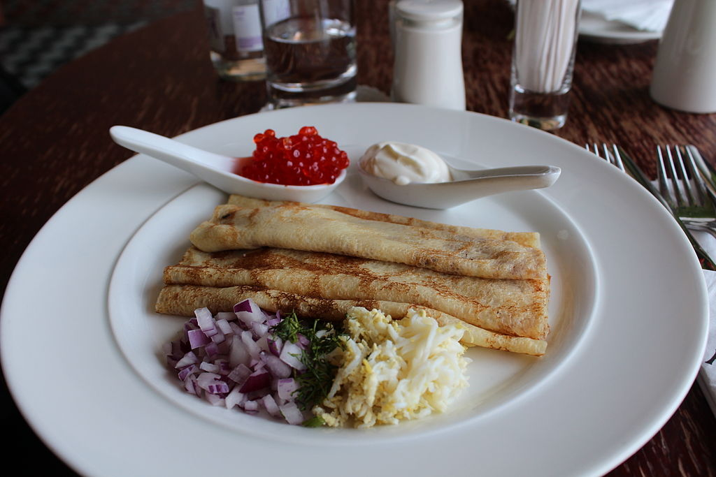 Singer Café - Blini with sour cream and red caviar IMG 3423.JPG