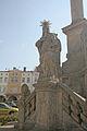 Sloup se sousoším Nejsvětější Trojice naKrakonošově náměstí v Trutnově 06.JPG
