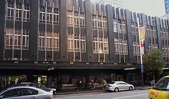 Smith & Caughey's - Image: Smith Caughey Queen Street frontage Auckland