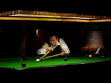 Snooker player with rest