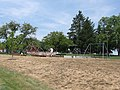 Snyder Park play structure - panoramio.jpg