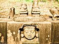 Some ruined sculptures in the Aghoreshwara temple at Ikkeri 2.jpg
