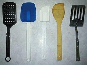 English: A selection of kitchen spatulas