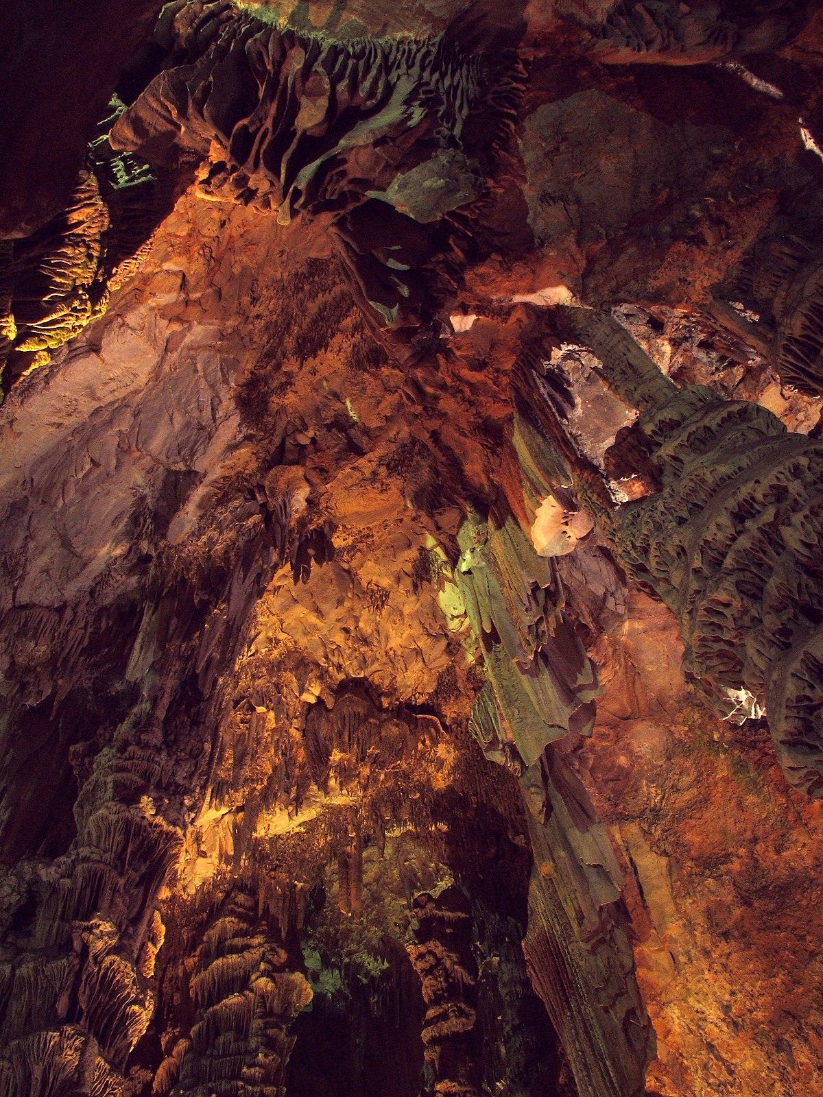 Cueva de San Miguel - Wikipedia bc76b283be1