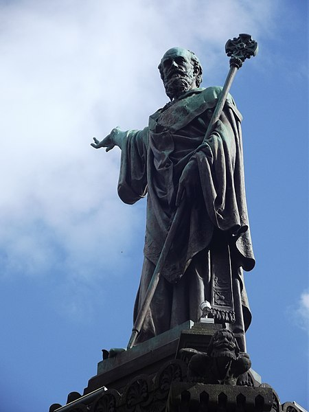 File:Statue Urbain II 4.jpg