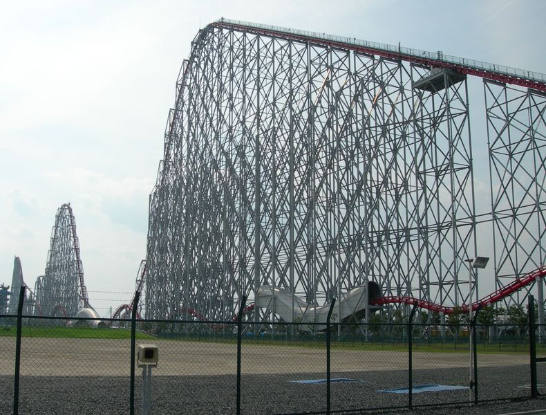 Steel Dragon 2000 roller coaster at Nagashima Spaland in September 2005