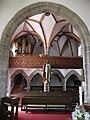 Steinbach am Attersee Kirche Chor.JPG