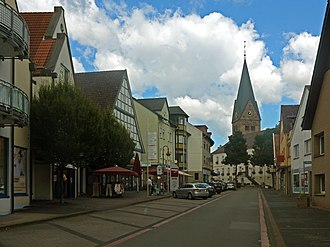 Steinheim, Westphalia - Steinheim, catholic church in the street