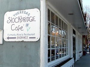 Alice's Restaurant Massacree - Sign to restaurant