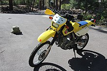 A 2000s Model DR650SE With Aftermarket Tank Bag