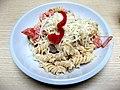 Těstovinový kuřecí salát.jpg