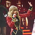 Taylor Swift RED tour (8639578770).jpg