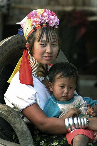 Hill tribe (Thailand) - Long-necked Karen woman with child
