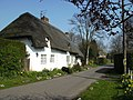 Thatched cottage - geograph.org.uk - 378606.jpg